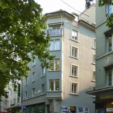 Sanierung+Attikaaufbau Büro-/Geschäftshaus, Stampfen-bachstr. 24, Zürich; 2013-14