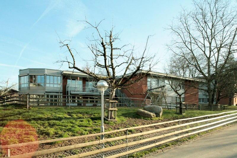 Sanierung/Erweiterung Wohnhaus 9, Wagerenhof Uster, Uster ZH (20.Jh.); 2000