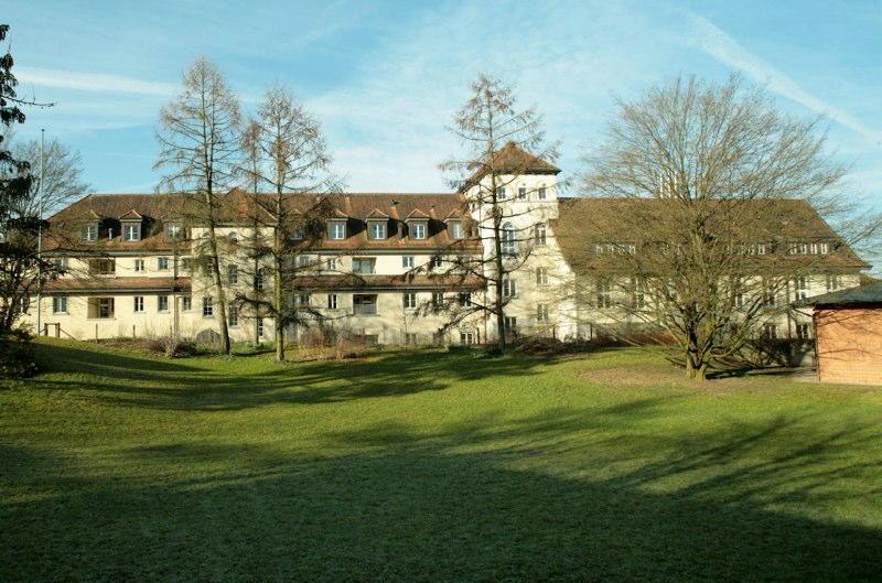 Dachausbau Altbau, Wagerenhof Uster, Uster ZH (19.Jh.); 1994