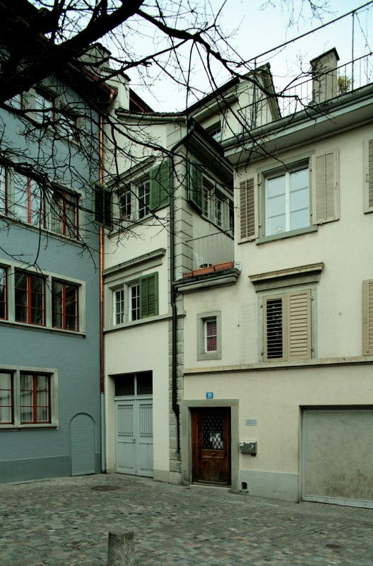 Dachausbau Altstadthaus Leuengasse 12, Zürich (14.Jh.); 1990
