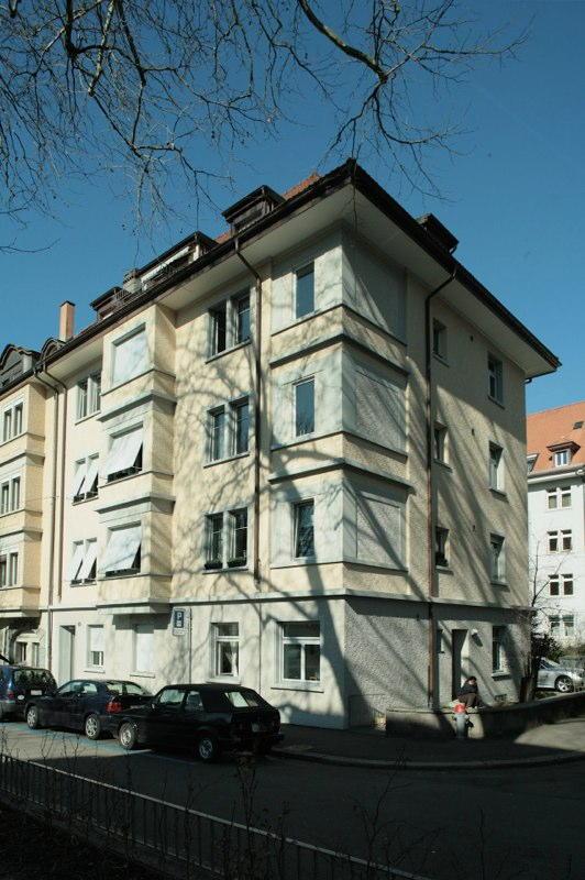 Sanierung Mehrfamilienhaus Tuggenerstr. 3, Zürich (20.Jh.); 1998