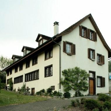 Aussensanierung Flarzhäuser, Vogelsangstr. 26-30, Esslingen ZH (18.Jh.); 1977