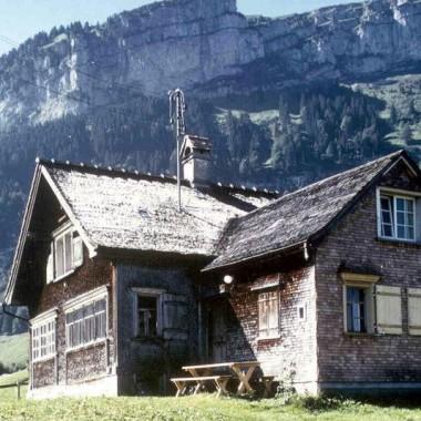 """Sanierung/Ausbau Ferienhaus, """"Fässler"""", Rossweid, Brülisau AI (19.Jh.); 1978"""