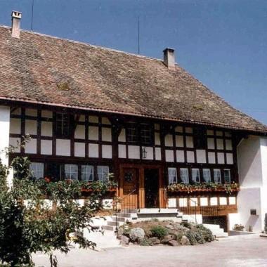 """Aussensanierung """"Schwyzerhof"""", Langnau a.A. ZH (18.Jh.); 1980"""