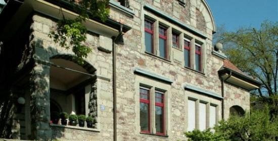 """Gesamt-Restaurierung/Umnutz. Wohn-/Bürohaus """"Fässler"""", Resedastr. 25, Zürich (20.Jh.); 1982"""