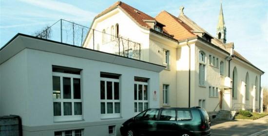 Saalanbau Freie Kirche Uster, Gerbestr. 7, Uster ZH (1.-Wettb.-Preis); 2000